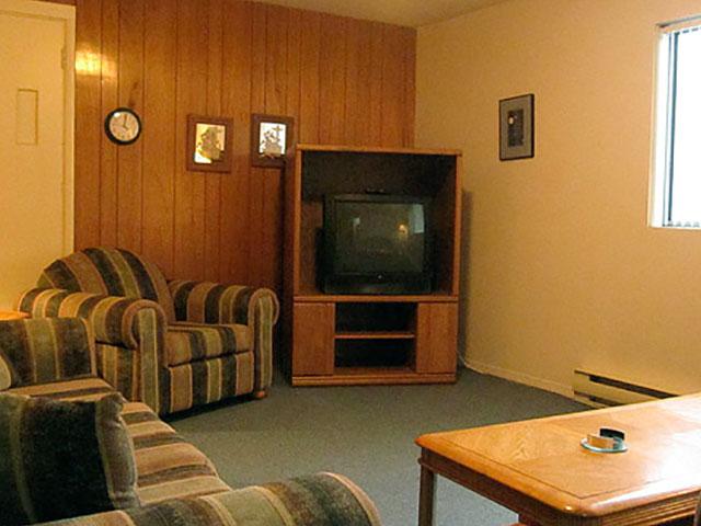 2-bedroom-kitchen-suite-1