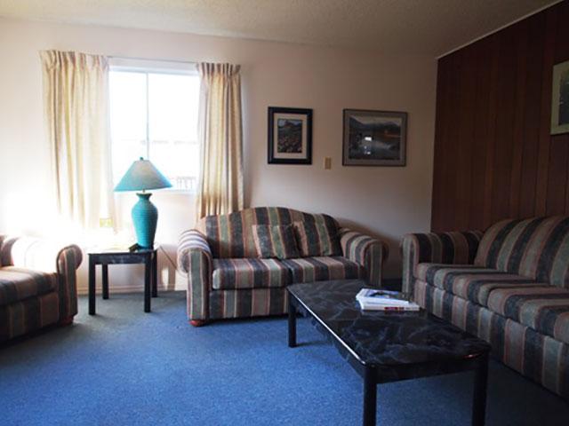 3-bedroom-kitchen-suite-11