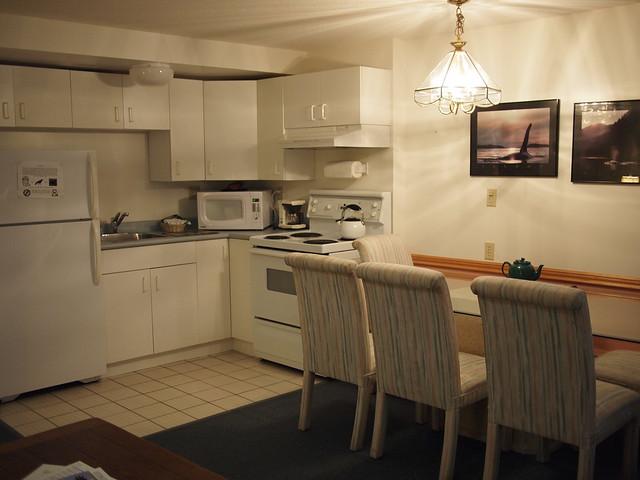 Classic-Kitchen-Suite-3