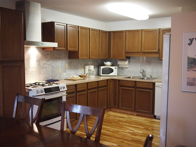 Deluxe-2-bedroom-kitchen-suite-1