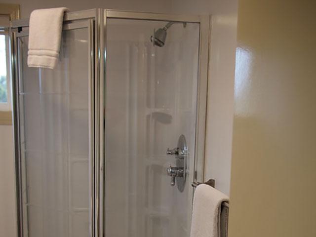 Deluxe-2-bedroom-kitchen-suite-10