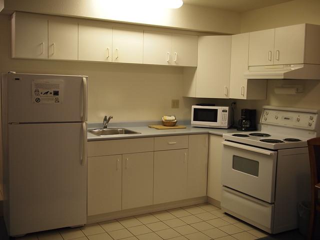 Deluxe-kitchen-suite-1